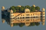 Το παλάτι πάνω στο νερό. Ινδία