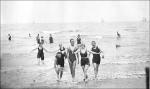 1919-beach scene