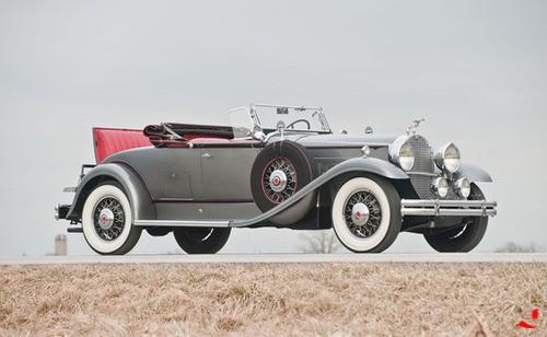 1931 Packard Model 840 DeLuxe Eight Convertible Roadster.