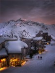 alpine-glow-sunset-trois-vallc3a9es-the-french