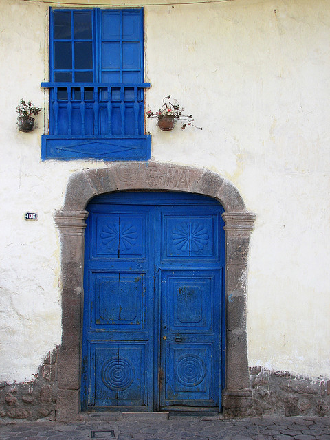 The blue door, Cuzco  Peru (by Melville B.)