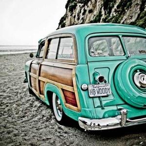 Aqua '51 Ford Woody