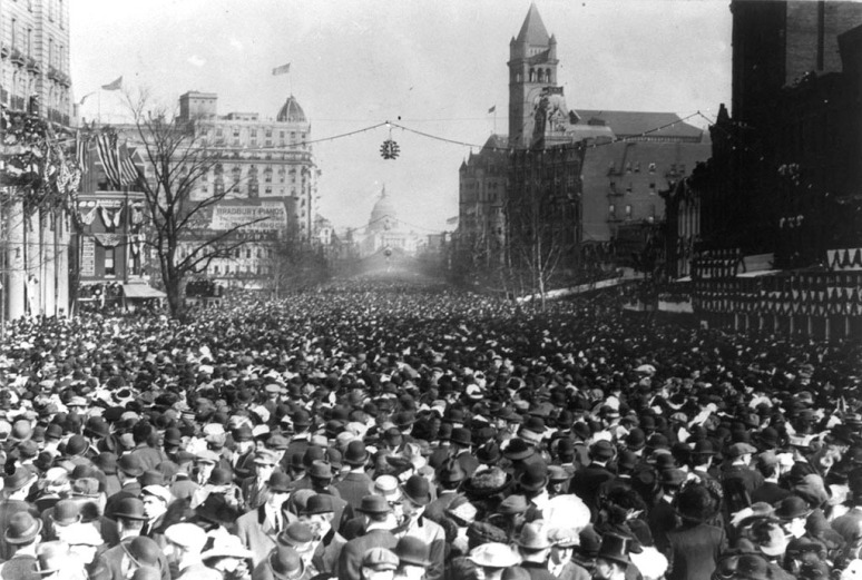 Packed to onlookers Pennsylvania Avenue during the parade, March 3, 1913.
