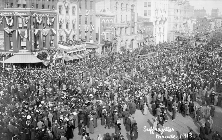 Parade in Washington. Booths are set on the occasion of the inauguration of President Woodrow Wilson, scheduled for the following day. March 3, 1913.