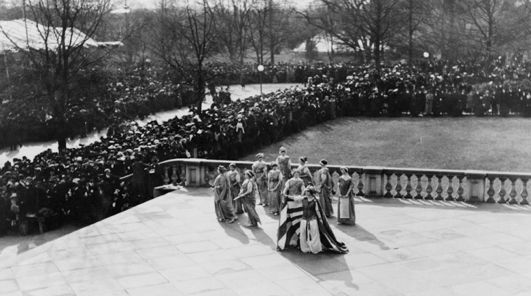 Theatrical performances, organized by the Association for women's suffrage at the building of the Treasury, March 3, 1913.