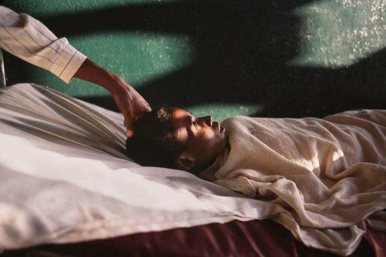 Uganda; Africa; 2001;